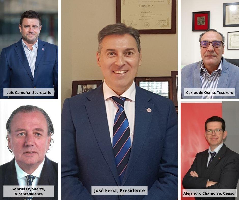 Foto de los miembros del Consejo Andaluz de Colegios de Administradores de Fincas